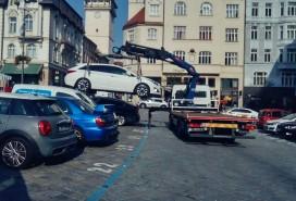 Odtahy aut v Brně Foto: Centrum news