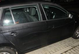 Poškrábané auto Foto: PČR JMK
